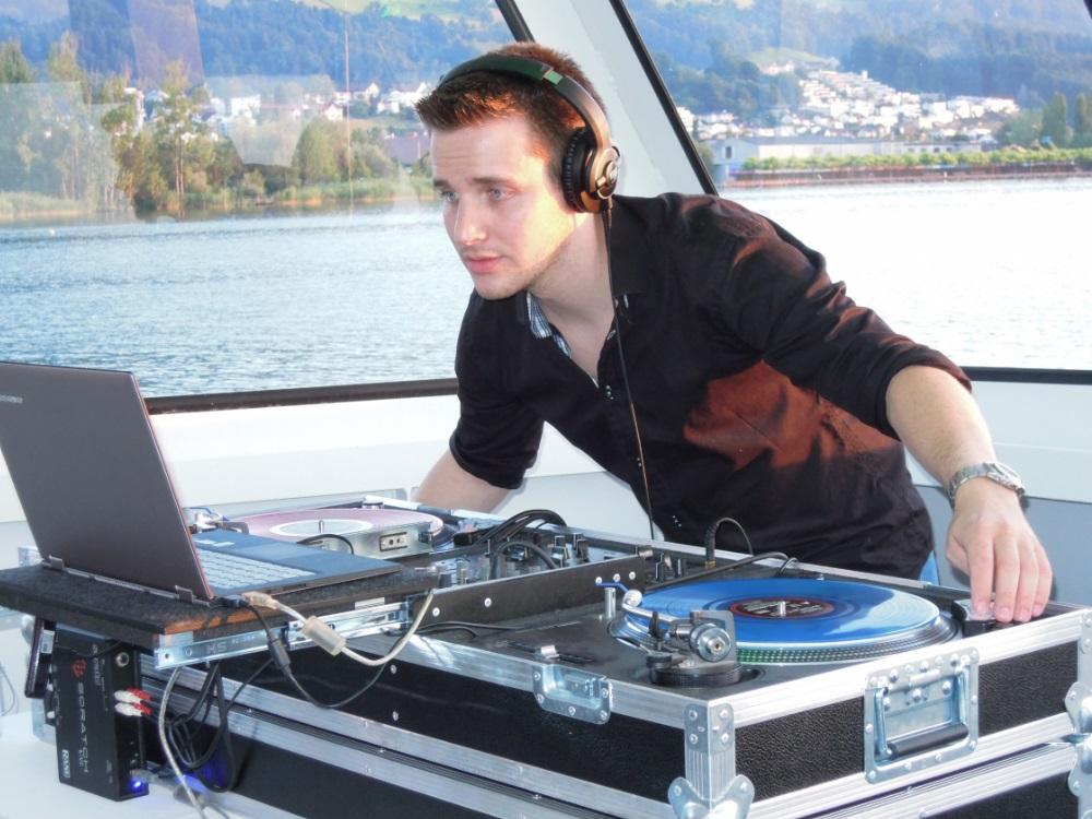 DJ Luke spielte auf einer Boatparty