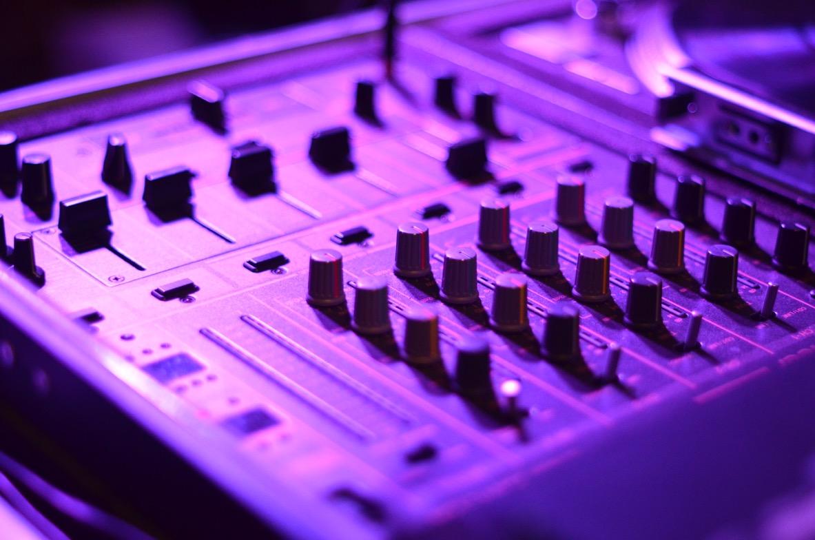 DJ-Luke_mixer_DJ-für-turnvereine